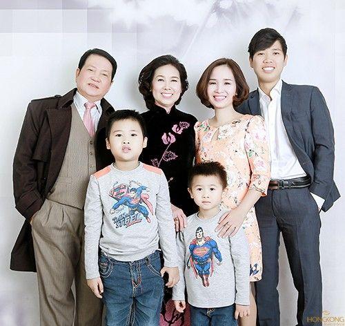 Chụp ảnh gia đình hạnh phúc
