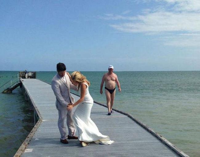 Nhân vật đặc biệt xuất hiện trong ảnh cưới.