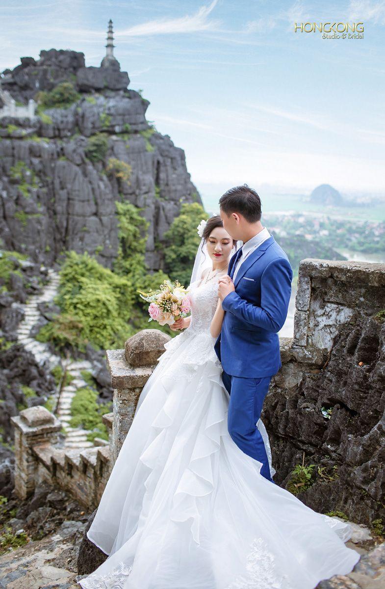 Ảnh - Đường lên hang Múa bao gồm 486 bậc thang đá rất đẹp