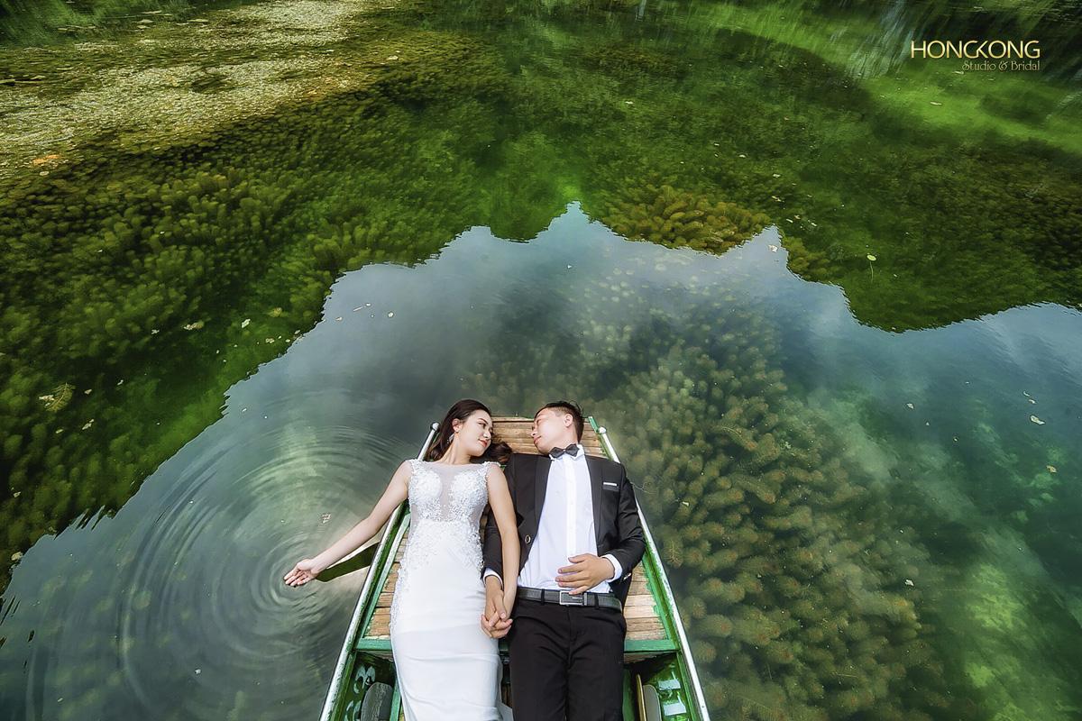 Ảnh 13 Thảm Rêu được hiện lên rất đẹp trong ảnh để làm nền cho cô dâu - chú rể